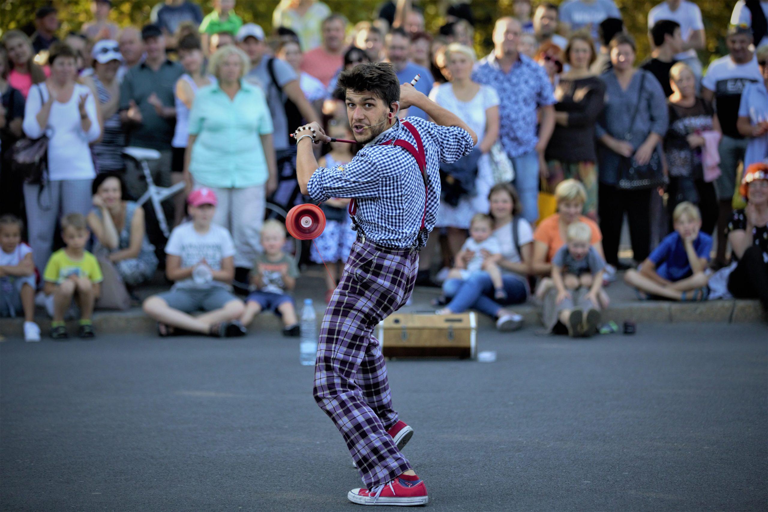 Žonglieris 1